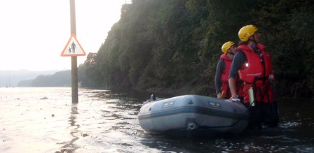 Avon & Somerset Search and Rescue flood search